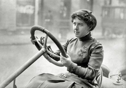 Newton Cuneo Joan Pilote féminine 1902/1915 aux États-Unis sur Knox