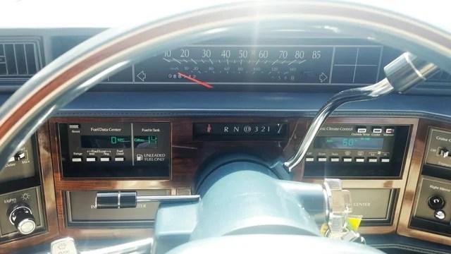 Cadillac DeVille habitacle 1988