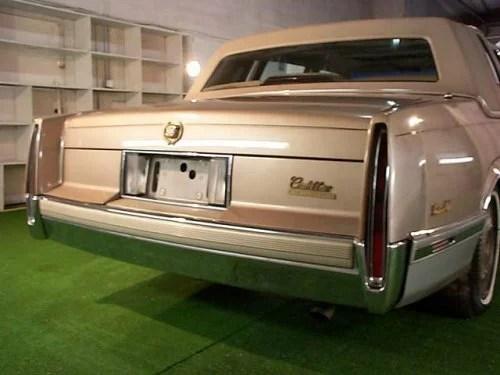 Cadillac Sedan 1990