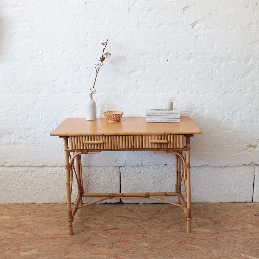 bureau rotin vintage avec tiroirs
