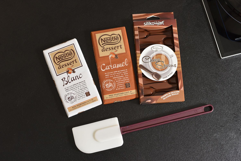 Première étape du calendrier de l'avent Préparer les cuillères en chocolat (2)