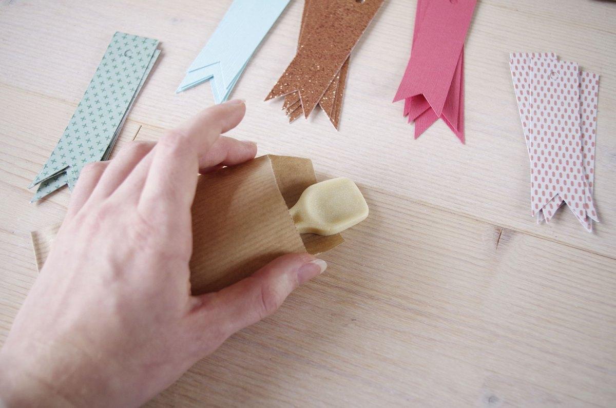 Seconde étape du calendrier de l'avent emballage et finalisation (4)