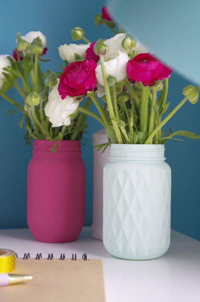 diy je recycle mes pots de verre en vases atelier f te unique. Black Bedroom Furniture Sets. Home Design Ideas