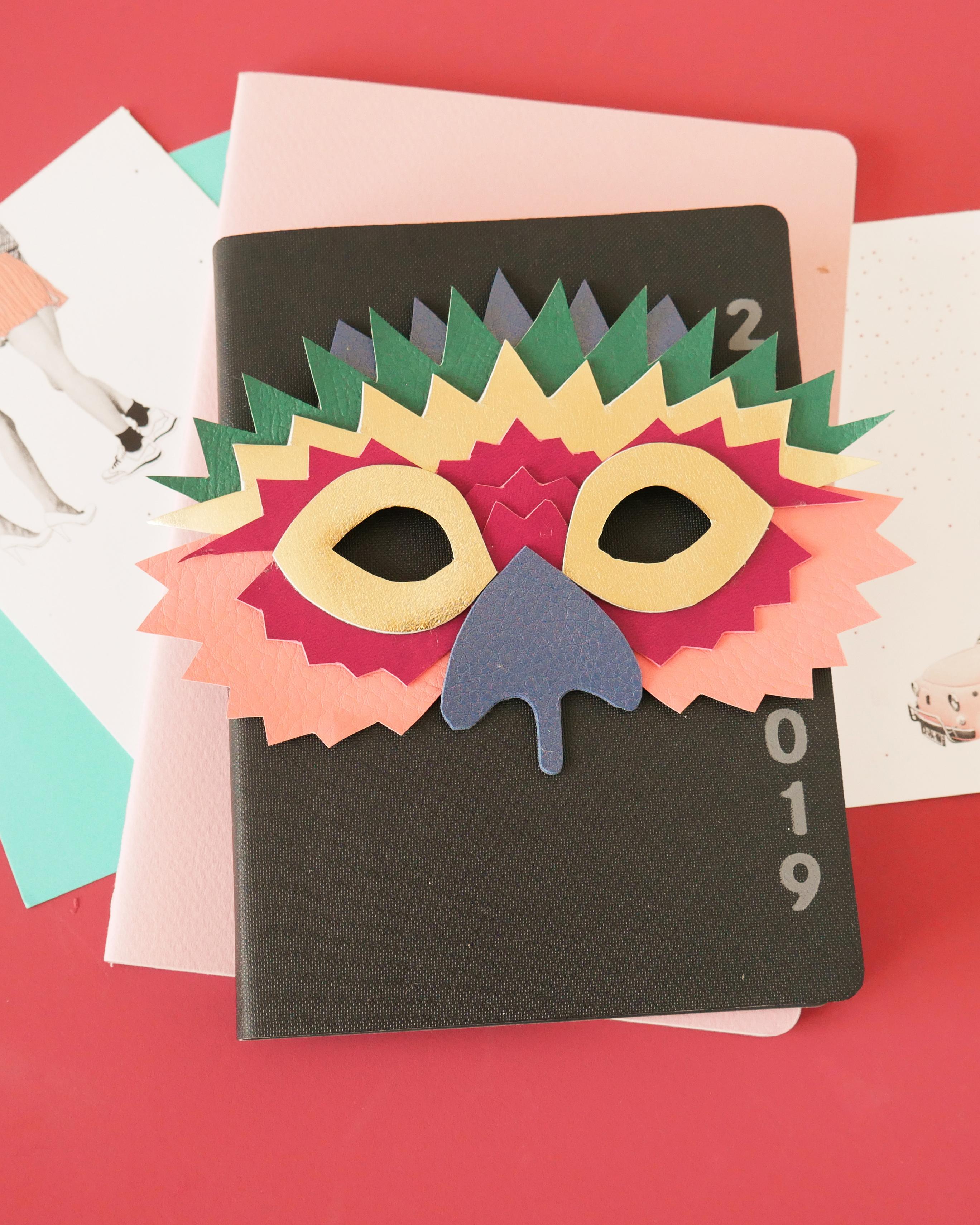 DIY – Un masque pour le carnaval en cuir