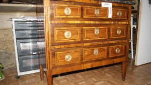 Chest of drawers Louis XVI styles