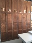 Nuestro Showroom: La puerta del taller