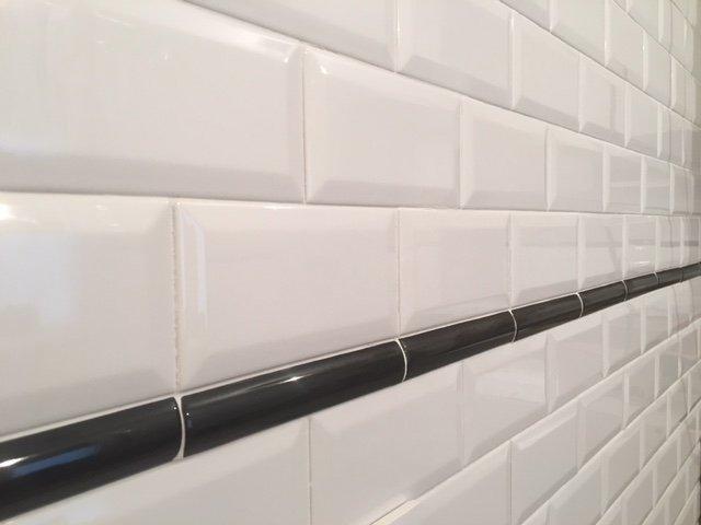 El azulejo que no pasa de moda: azulejo metro