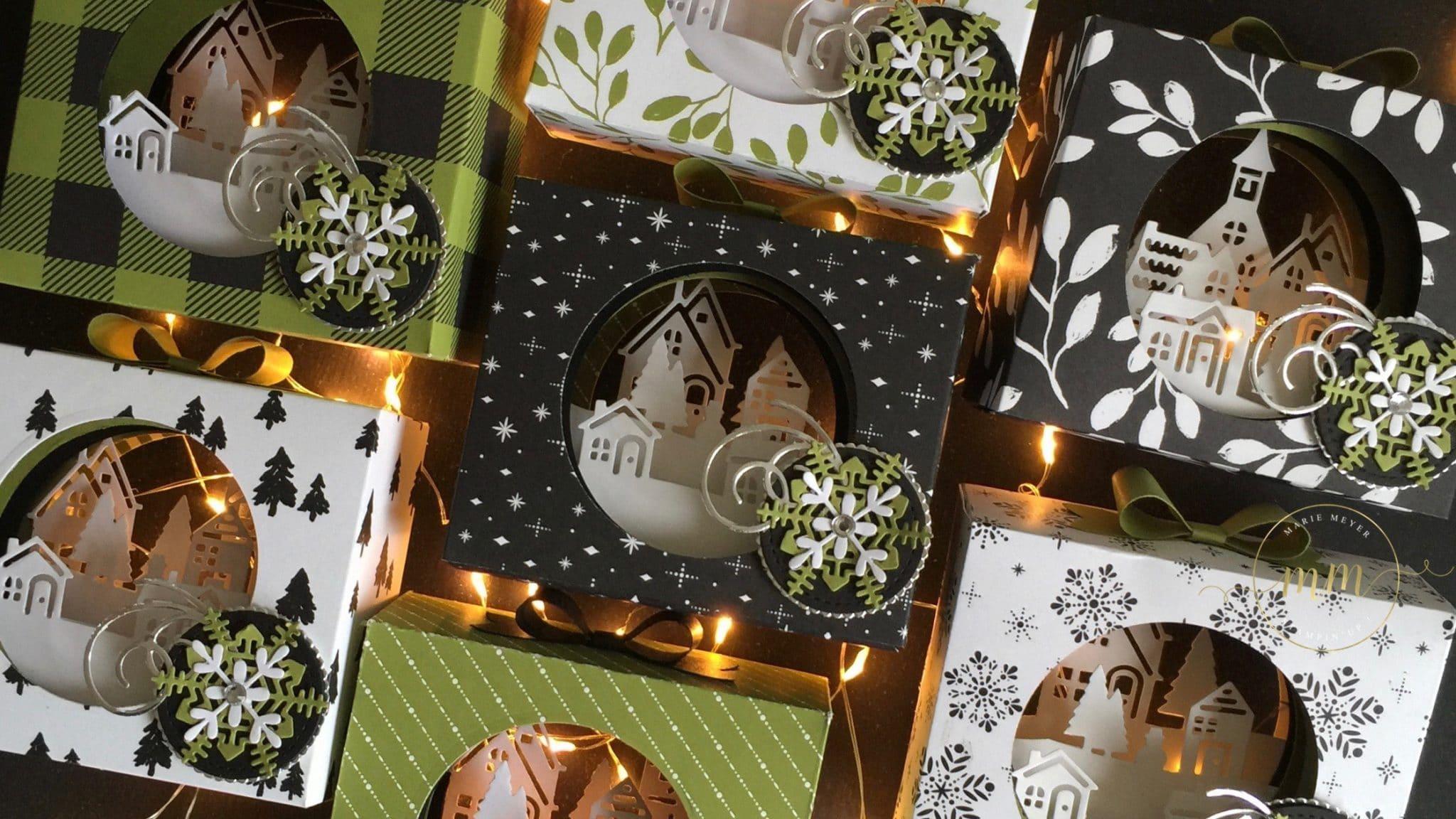Photophore de Noël, papier de la série Design Jolies Fêtes, Thinlits Flocons virevoltants, Thinlits Superpositions de saison, Framelits Formes à coudres, Framelits Pyramide de cercles par Marie Meyer Stampin up - http://ateliers-scrapbooking.fr/ - Tealight tutorial, Merry Little Christmas Designer Series Paper, Swirly Snowflakes Thinlits, Seasonal Layers Thinlits, Stitched Shapes Framelits, Layering Circle Framelits - Teelichter Box Anteilung, Papier Frohes Fest, Formen Flockenreigen, Aus jeder Jahreszeit, Stickmuster, Lagenweise Kreise