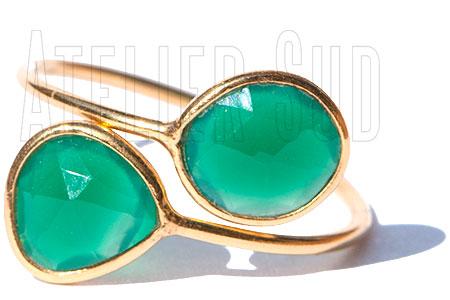 Handgemaakte goud op sterling zilveren ring met twee onregelmatig gevormde groene Onyx facet geslepen edelstenen