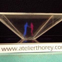 Projeter un hologramme 3D avec son Smartphone
