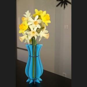 Vase bleu foncé en bois Mum