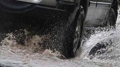 Photo of كيف تواجه انزلاق المركبة على الماء أثناء السياقة؟