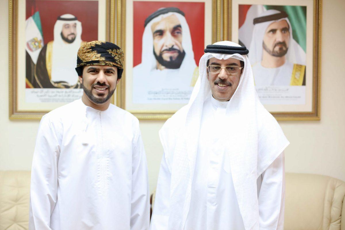 """السفير الإماراتي لـ """"أثير"""": أعياد السلطنة أعيادٌ لنا.. وهذه نصيحتي للتعاطي مع ما يتم ترويجه في الفضاء الإلكتروني"""