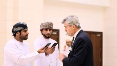 صورة بروفيسور ومؤلف: عمان جزيرة سلام تمتلك فرصا كبيرة للاستثمار في الاقتصاد الأزرق