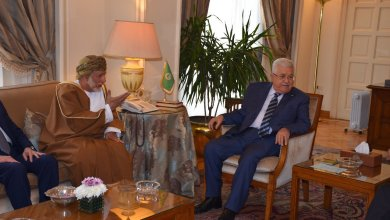 Photo of بن علوي: موقفنا ثابت في دعم الأشقاء الفلسطينيين