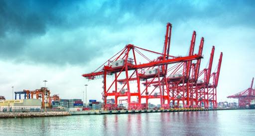 إيقاف العمليات في ميناء صلالة