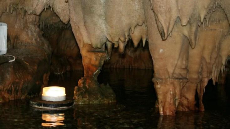 Μία επίσκεψη στα σπήλαια Διρού