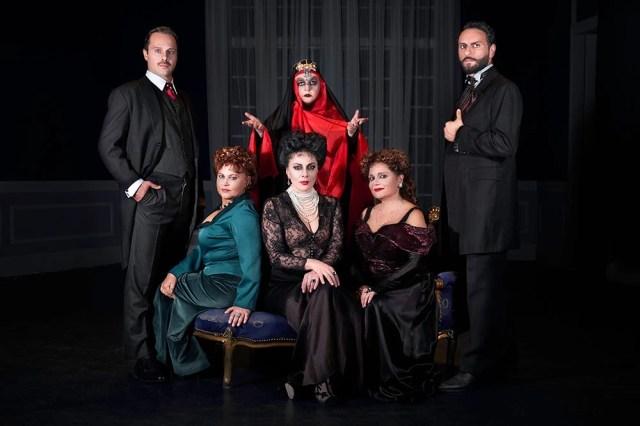 Οι μάγισσες της Σμύρνης, πληροφορίες για την παράσταση - Θέατρο - αθηνόραμα