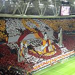 Choreo beim Spiel Galatasaray vs. Borussia Dortmund (Foto: Athleticbrandao)