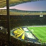 Der BVB-Block rund ums Marathontor im Olympiastadion von Berlin (Foto: athletic-brandao).