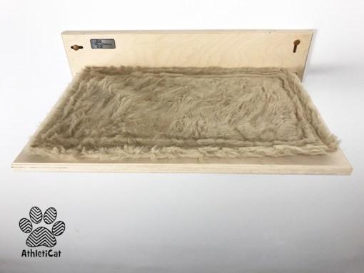 Mensola artigianale per gatti