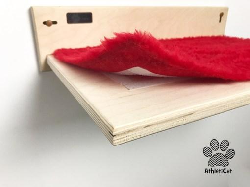 Mensola per gatti con tessuto