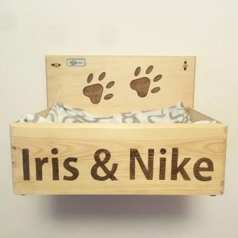 Cuccia per gatti legno muro