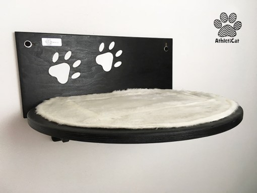 Cat shelf with paw