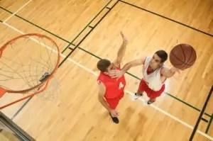 1 on 1 Basketball Players Shooting