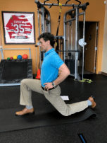 golf off season training kneeing lunge