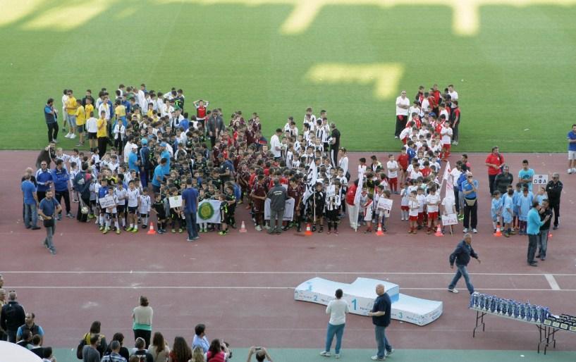 Γιώργος Χαλκιαδάκης - Τα παιδικά »τραύματα» του ποδοσφαίρου μας ... fd756e6310a
