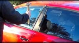 Κλειδώθηκες έξω από το αμάξι;