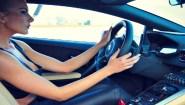 Γυναίκες καταστρέφουν αυτοκίνητα σε χρόνους… dt!!!