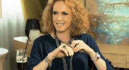 Εβελίνα Παπούλια: «Παντρεύτηκα στη Σκωτία»