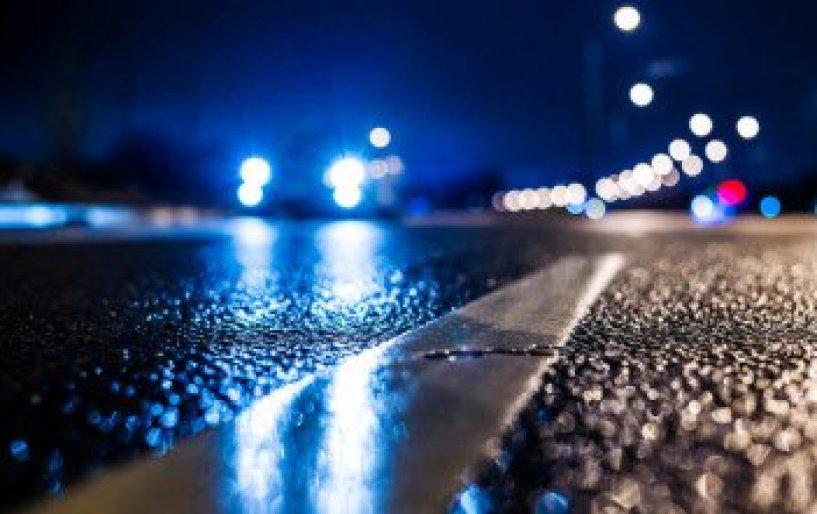 «Επικινδύνως φωτεινά» τα φώτα των νέων αυτοκινήτων
