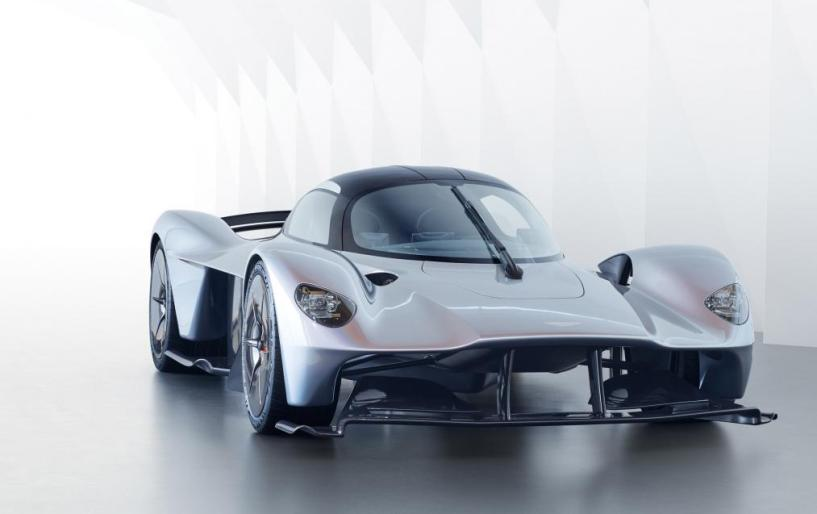Aston Martin Valkyrie: Η καρδιά του κτήνους