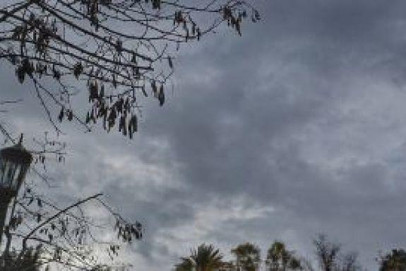 Πού είναι ο Χειμώνας; Δεν προβλέπεται ψυχρή εισβολή μέσα στον Νοέμβριο (vids)