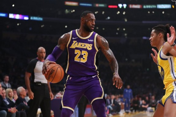 NBA: Έβδομη σερί νίκη για τους Λέικερς,