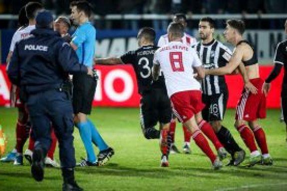 Προβληματισμός σε FIFA/UEFA για τα γεγονότα στο Ηράκλειο