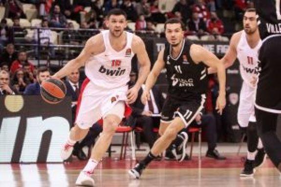Παπανικολάου: «Απίστευτος προπονητής ο Σφαιρόπουλος, παλεύουμε για την οχτάδα»
