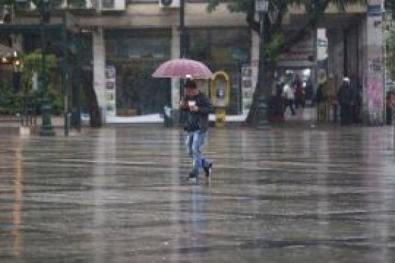 Ο χειμώνας επέστρεψε: Χιόνια σε Ήπειρο και… Παρνασσό – Η πορεία της κακοκαιρίας σήμερα