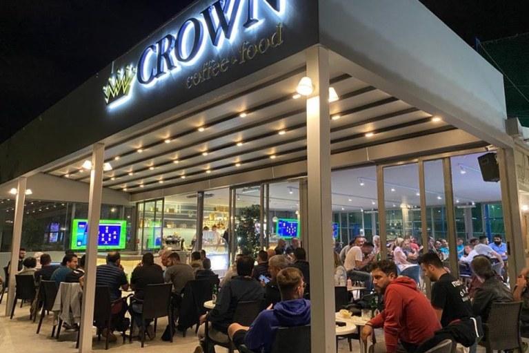 """Κυριακή με μπάλα και σήμερα στο """"Crown"""""""