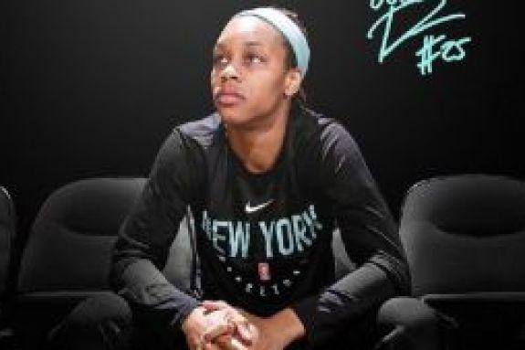 WNBA: Χάνει τη σεζόν η Ντουρ, λόγω κορωνοϊού (Pic)