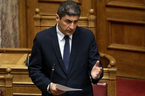 Αυγενάκης: «Αδιανόητη κι επικίνδυνη η απόφαση της ΕΠΟ» (pic)