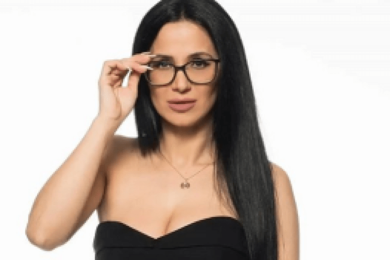 Big Brother: Με λυγμούς η Χριστίνα αποκάλυψε όλη την αλήθεια για το ροζ βίντεο