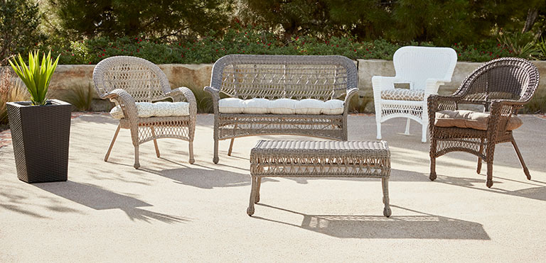 Different Sizes Of Wicker Furniture