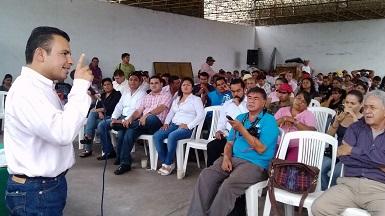 El diputado del PRD realizó una visita al Puerto de Lázaro Cárdenas