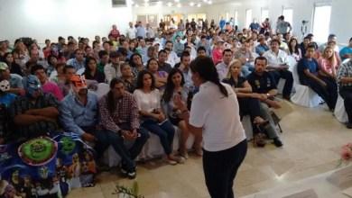 Calderón Hinojosa enfatizó en la urgente necesidad de trabajar en el desarrollo integral, así como generar fuentes de empleos dignos para los jóvenes en sus comunidades para que tengan sentido de pertenencia