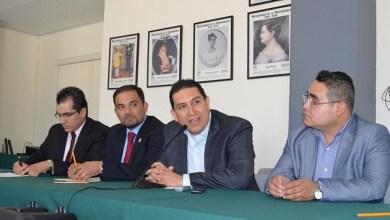 El Secretario de Acción Electoral del Comité Directivo Estatal de PRI, Omar Cárdenas Ortiz, señaló que esperarán a que las autoridades investiguen la procedencia de dicho dinero
