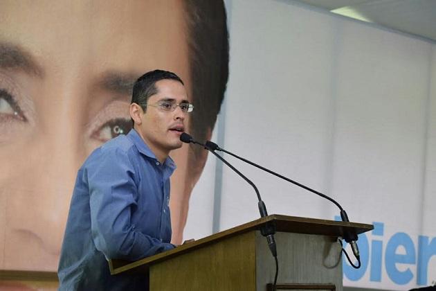 Villegas Soto añadió que en estos días de campaña, se ha encontrado ciudadanos que tienen la voluntad y el ánimo de votar por Acción Nacional como el mejor proyecto que tiene Michoacán para alcanzar un gobierno de verdad